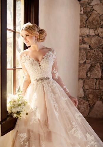 بهترین مزون لباس عروس در همدان,
