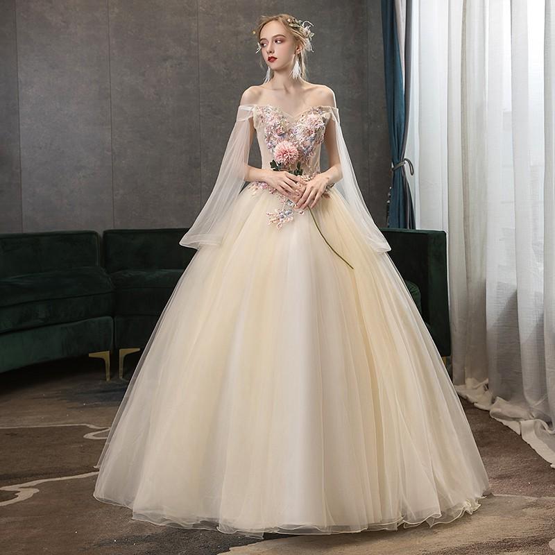 بهترین مزون لباس عروس در کاشان,