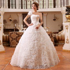 بهترین مزون لباس عروس در یاسوج